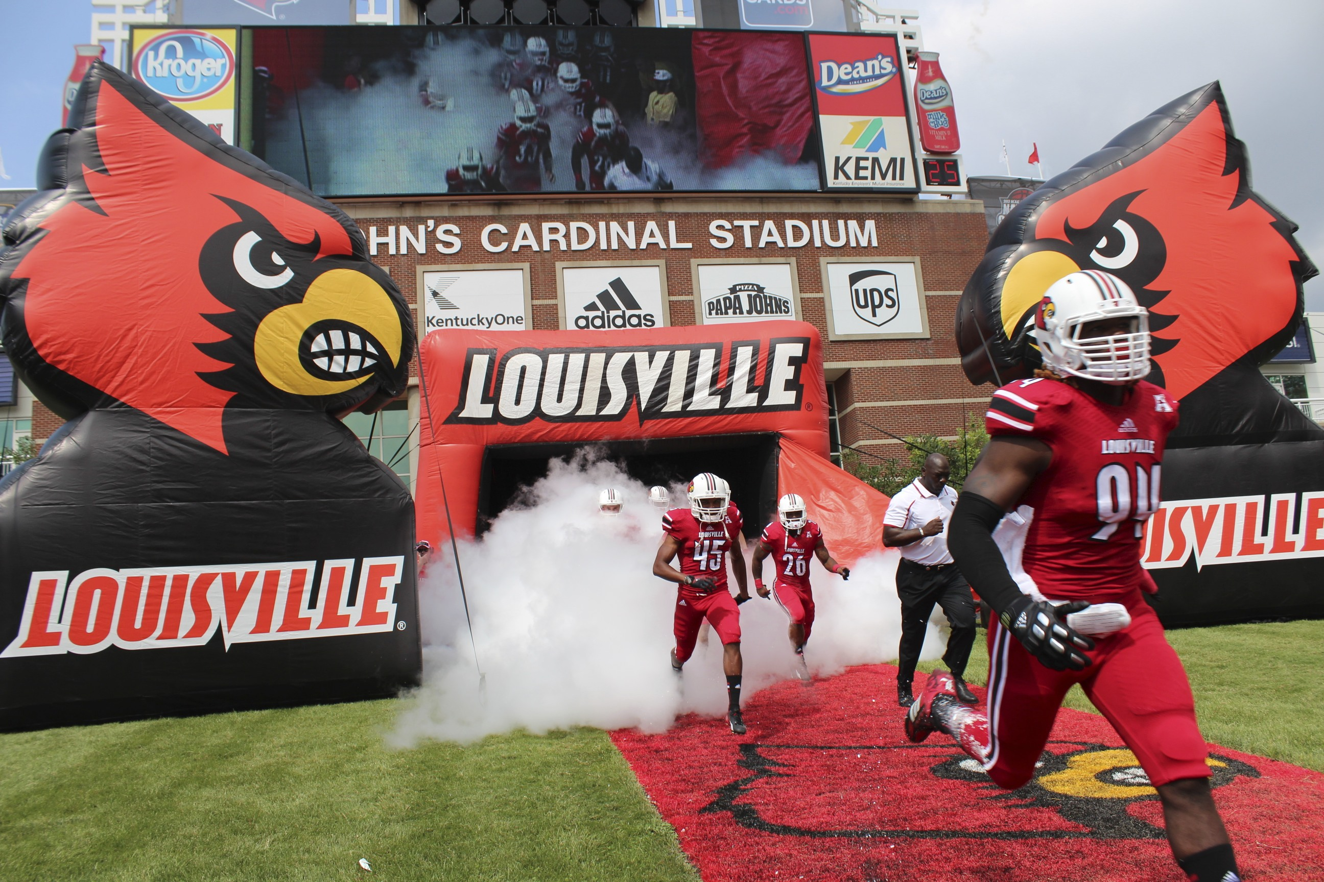 Louisville Entrance Louisville vs. Ohio 2013 Photo by Mike Lindsay, Lorenzo Maudlin