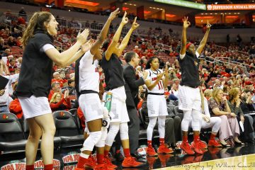 Bench Celebration Louisville vs. Miami (OH) 11-26-2018 Photo by William Caudill, TheCrunchZone.com
