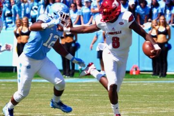 Lamar Jackson Louisville @ North Carolina 9-9-2017 Photo by Cindy Shelton, TheCrunchZone.com