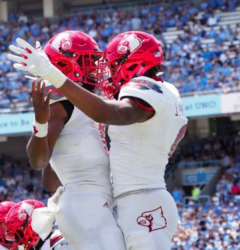 Jaylen Smith, Lamar Jackson Louisville @ North Carolina 9-9-2017 Photo by Cindy Shelton, TheCrunchZone.com