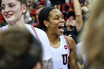 Asia Durr Louisville vs. UCONN 1-31-2019 Photo by William Caudill, TheCrunchZone.com