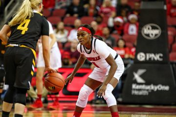 Dana Evans Louisville vs. Northern Kentucky 12-15-2018 Photo by William Caudill, TheCrunchZone.com