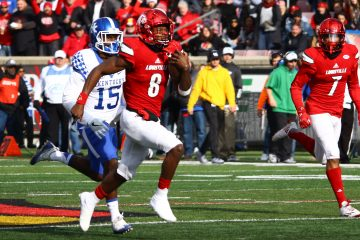 Lamar Jackson, Reggie Bonnafon Louisville vs. Kentucky 11-26-2016 Photo by William Caudill TheCrunchZone.com