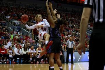 Briahanna Jackson Louisville vs. Central Arkansas 3-18-2016 Photo by William Caudill