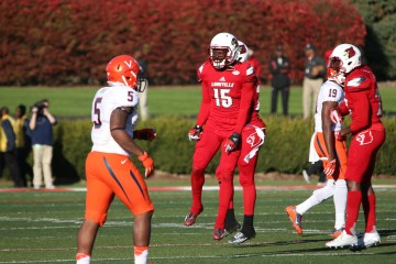 Trumaine Washington Louisville vs. Virginia 11-14-2015 Photo by William Caudill