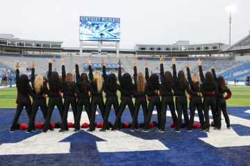 Ladybirds Louisville vs. Kentucky 2015 Governor's Cup 11-28-2015 Photo by William Caudill