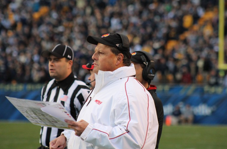 Todd Grantham Louisville vs. Pittsburgh 11-21-2015 Photo by Mark Blankenbaker