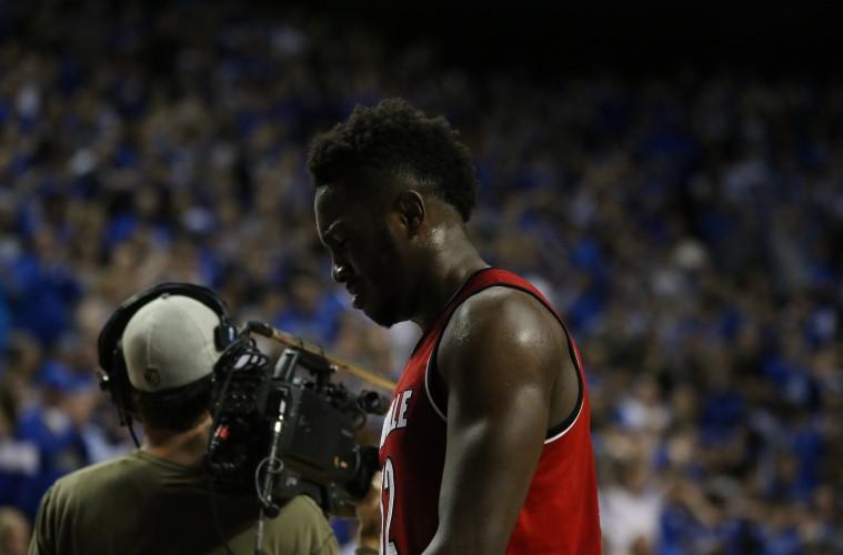 Chinanu Onuaku Louisville vs. Kentucky Basketball 12-26-2015 Photo by William Caudill