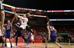Briahanna Jackson Louisville vs. Evansville 12-18-2016 Photo by William Caudill TheCrunchZone.com