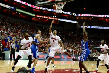 Quentin Snider, Jaylen Johnson, Mangok Mathiang Louisville vs. Kentucky 12-21-2016 Photo by William Caudill TheCrunchZone.com
