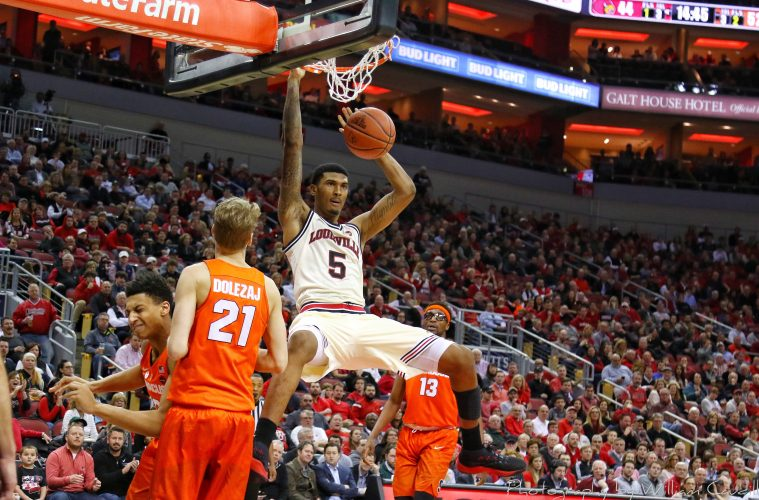Malik Williams Louisville vs. Syracuse 2-5-2018 Photo by William Caudill, TheCrunchZone.com