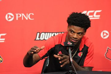 Lamar Jackson learns he is a Heisman Finalist Photo by Mark Blankenbaker 12-5-2017