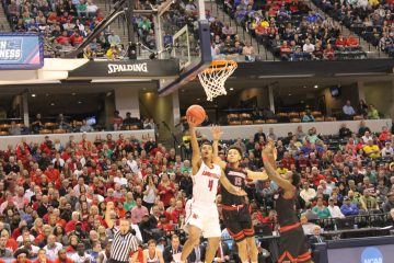 Quentin Snider Louisville vs. Michigan Banker's Life Field House Indianapolis NCAA 1st Round 3-19-2017 Photo by Mark Blankenbaker