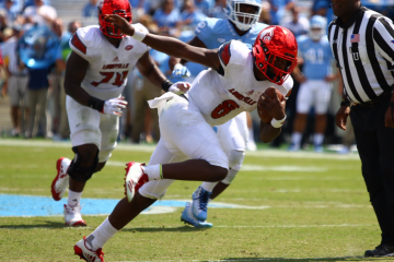 Lamar Jackson Louisville Football vs. North Carolina 9-9-2017 Photo by Cindy Rice Shelton, TheCrunchZone.com