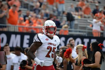Dae Williams Louisville vs. Virginia 9-22-2018 Photo by Austin Sullivan, TheCrunchZone.com
