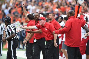 Bobby Petrino Louisville vs. Virginia 9-22-2018 Photo by Austin Sullivan, TheCrunchZone.com