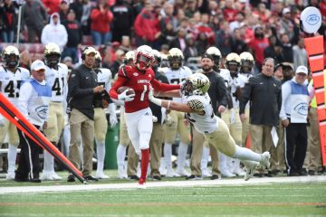 Tutu Atwell Louisville vs. Wake Forest 10-27-2018 Photo by Austin Sullivan TheCrunchZone.com