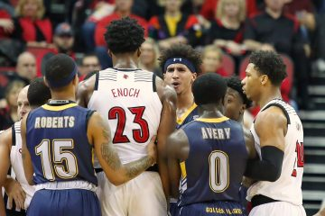 Steven Enoch Louisville vs. Kent State 12-15-2018 Photo by William Caudill, TheCrunchZone.com