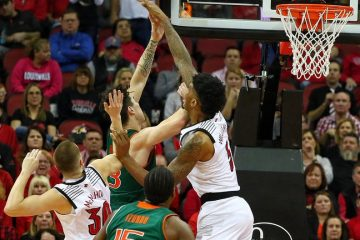 Malik Williams Louisville vs. Miami 1-6-2019 Photo by William Caudill, TheCrunchZone.com