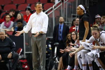 Jeff Walz, Asia Durr Louisville vs. Pitt 1-27-2019 Photo by William Caudill, TheCrunchZone.com