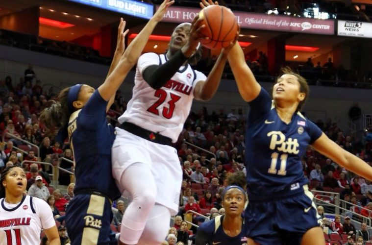 Jazmine Jones Louisville vs. Pitt 1-27-2019 Photo by William Caudill, TheCrunchZone.com