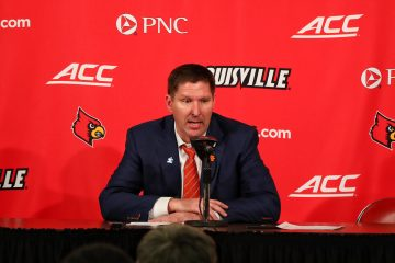 Brad Brownell Louisville vs. Clemson, 2-16-2019, Photo by William Caudill, TheCrunchZone.com