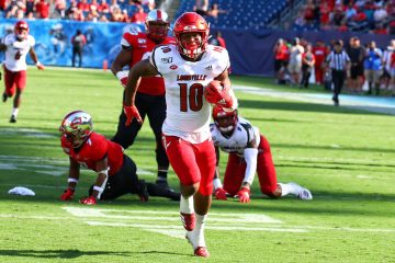 Rodjay Burns TD Louisville vs. Western Kentucky (WKU) 9-14-2019, Nissan Stadium, Nashville, TN. Photo by William Caudill TheCrunchZone.com