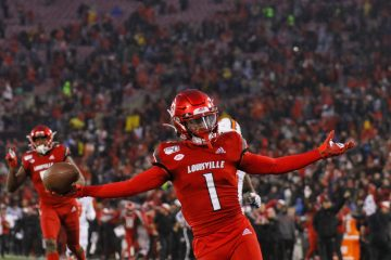 Tutu Atwell Louisville vs. Syracuse 11-23-2019 Photo by William Caudill, TheCrunchZone.com