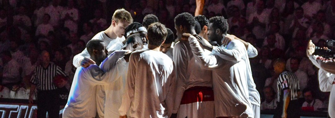 Starting Line-Up Huddle Louisville vs. North Carolina 1-31-2015 Photo by Seth Bloom Fitted