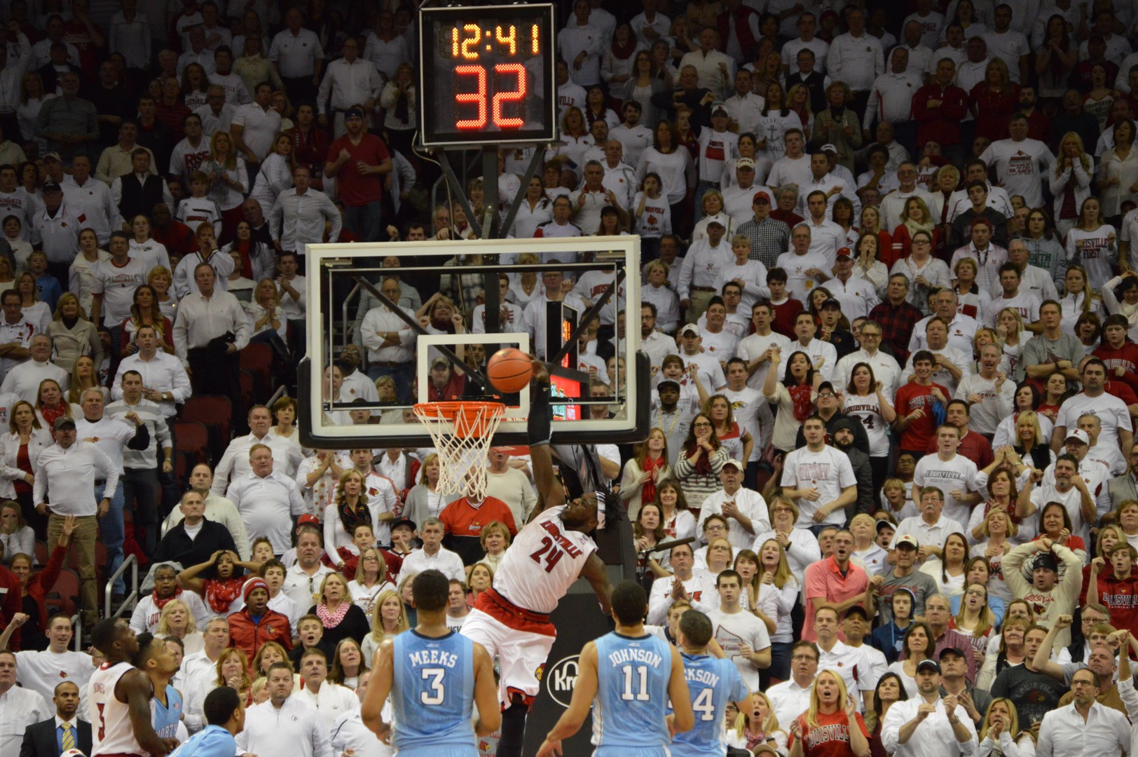 Montrezl Harrell Alley Oop Dunk Louisville vs. North Carolina 1-31-2015 Photo by Seth Bloom