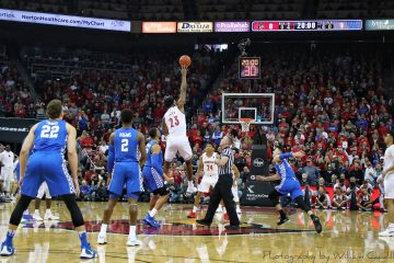Tipoff Louisville vs. Kentucky 12-30-2018 TheCrunchZone.com Photo by William Caudill