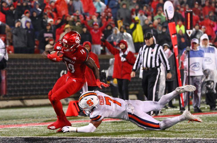 Hassan Hall Louisville vs. Syracuse 11-23-2019 Photo by William Caudill, TheCrunchZone.com