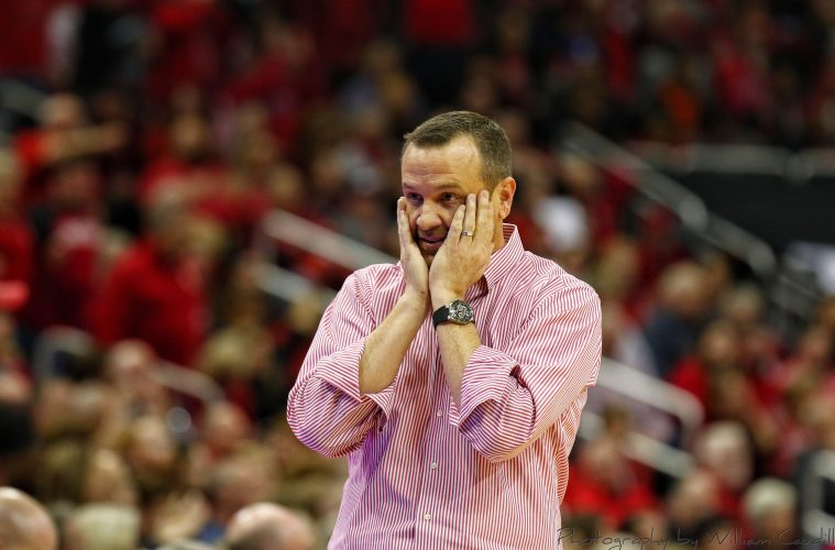 Jeff Walz Louisville vs. UCONN 1-31-2019 Photo by William Caudill, TheCrunchZone.com