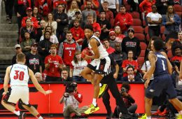 David Johnson Louisville vs. Akron 11-24-2019 Photo by William Caudill, TheCrunchZone.com
