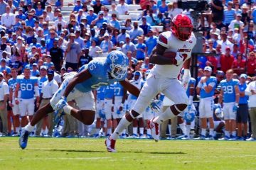 Jaylen Smith TD Louisville @ North Carolina 9-9-2017 Photo by Cindy Shelton, TheCrunchZone.com