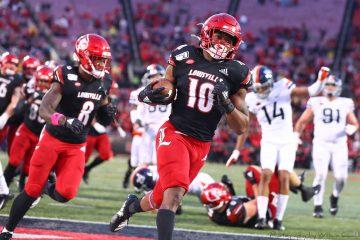Javian Hawkins Louisville vs. Virginia 10-26-2019 Photo by William Caudill, TheCrunchZone.com