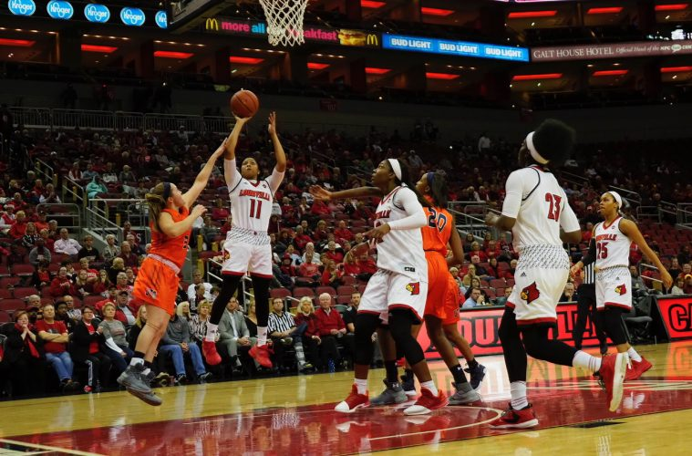 Arica Carter Louisville (WBB) vs. UT-Martin 12-5-2017 Photo by Cindy Rice Shelton, TheCrunchZone.com