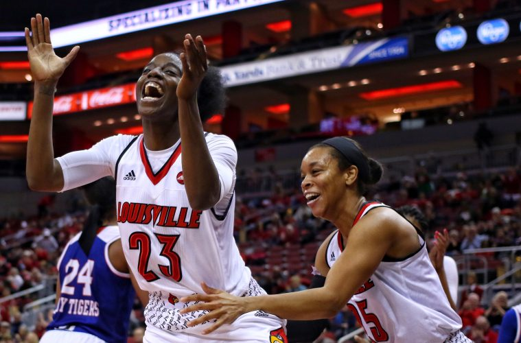 Jazmine Jones, Asia Durr Louisville vs. Tennessee State 12-12-2017 Photo by William Caudill TheCrunchZone.com