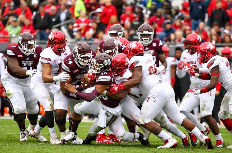 Defense, Trevon Young, Henry Famurewa Louisville vs. Mississippi State Gator Bowl 12-29-2017 Photo by William Caudill, TheCrunchZone.com