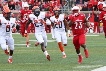 Brandon Radcliff Louisville vs. Syracuse 11-7-2015 Photo by William Caudill