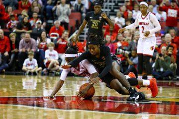Jazmine Jones Louisville vs. Florida State 1-21-2018 Photo by William Caudill, TheCrunchZone.com