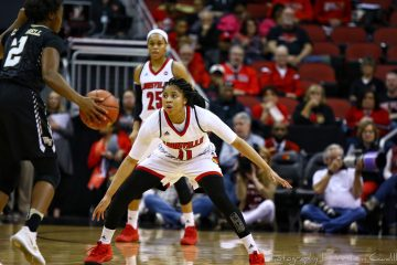 Arica Carter Louisville vs. Wake Forest 1-28-2018 Photo by William Caudill, TheCrunchZone.com
