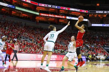 Asia Durr Louisville vs. Notre Dame 1-11-2018 Photo by William Caudill, TheCrunchZone.com