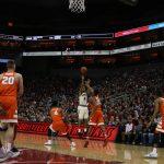 Quentin Snider Louisville vs. Syracuse 2-26-2017 Photo by William Caudill TheCrunchZone.com