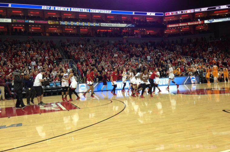 Louisville vs. Tennessee NCAA 2nd Round 3-20-2017 Photo by Daryl Foust