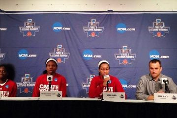 Jeff Walz, Jazmine Jones, Myisha Hines-Allen, Asias Durr Women's Basketball Louisville vs. Chattanooga NCAA 1st Round 3-18-2017 Photo by Daryl Foust