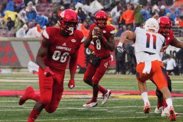 Lamar Jackson Louisville (Football) vs. Syracuse 11-18-2017 Photo by Cindy Rice Shelton TheCrunchZone.com