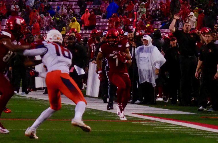 Reggie Bonnafon Louisville (Football) vs. Syracuse 11-18-2017 Photo by Cindy Rice Shelton TheCrunchZone.com