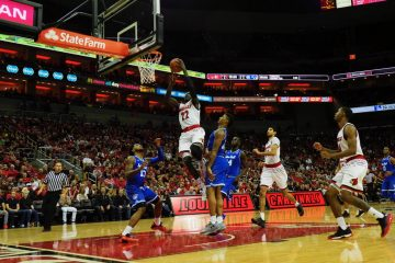 Louisville vs. Seton Hall 12-3-2017 Photo by Cindy Rice Shelton, TheCrunchZone.com