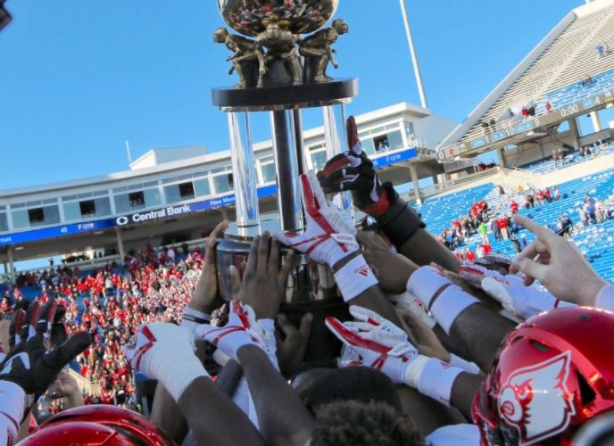 Trophy Louisville vs. Kentucky 11-25-2017 Governor's Cup Photo by Mark Blankenbaker TheCrunchZone.com